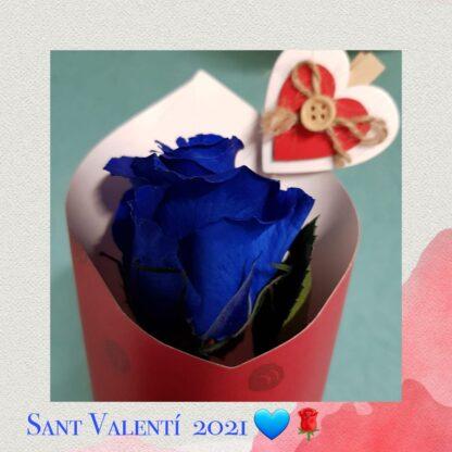 Rosa eterna y preservada de color azul